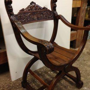 Restauration d'un fauteuil d'époque
